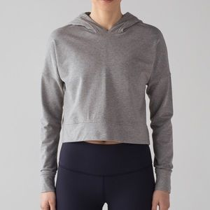 A cut above crop hoodie, size 6, perfect